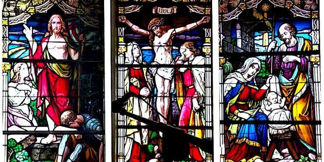 Mozaik Langka di Gereja Tua Mandomai