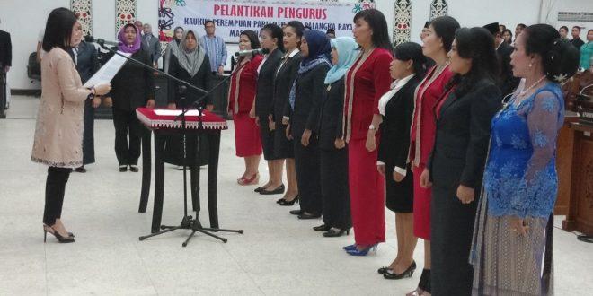 Siti Salhah Pimpin Kauskus Perempuan Parlemen Palangka Raya