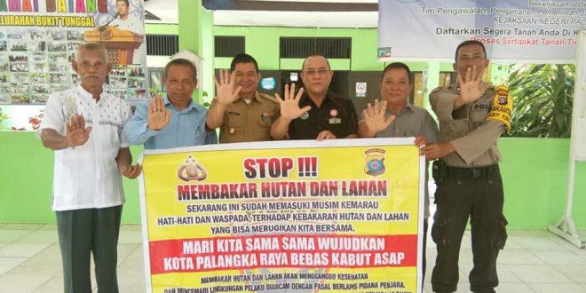 """Kelurahan Bukit Tunggal  Palangka Raya Serukan """"Stop Bakar Lahan"""""""