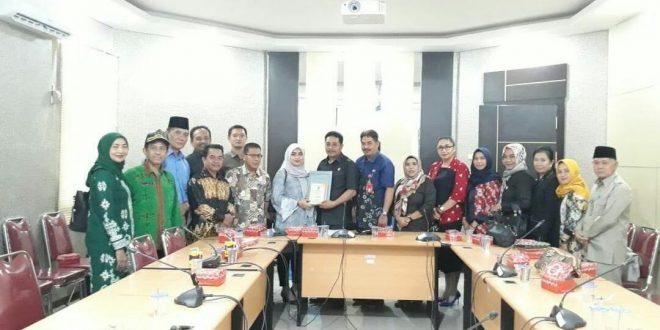 DPRD Palangka Raya Kaji Banding Raperda ke DPRD Daerah Tetangga
