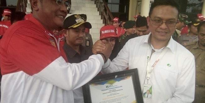 Walikota dan KONI Diberikan Penghargaan Oleh BPJS Ketenagakerjaan