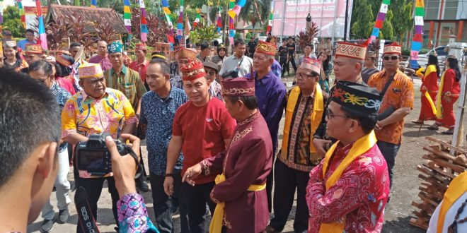 Ritual Sakral Suku Dayak Agar Dilestarikan