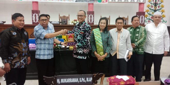 DPRD Balangan Pelajari Perda Kelembagaan Adat Dayak di Palangka Raya