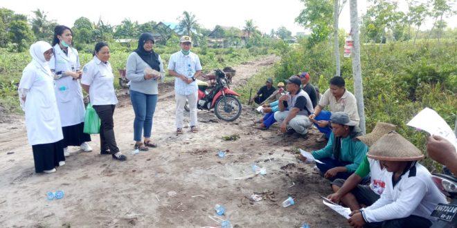 Kelurahan Kalampangan Lakukan Gotong Royong dan Pembagian Bubuk Abate