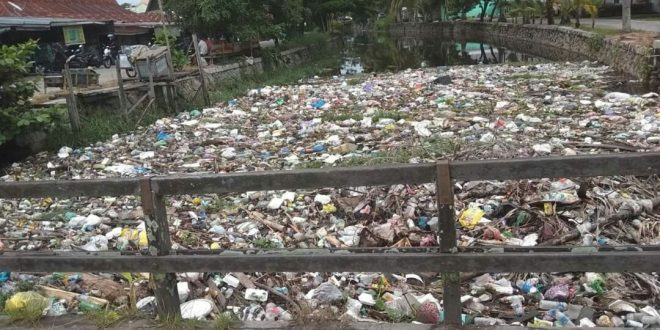 Dinas Terkait Diminta Bertindak Tangani Sampah di Drainase