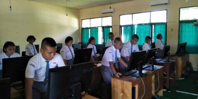 Pemilihan OSIS Berbasis Komputer di SMAN 5 Palangka Raya