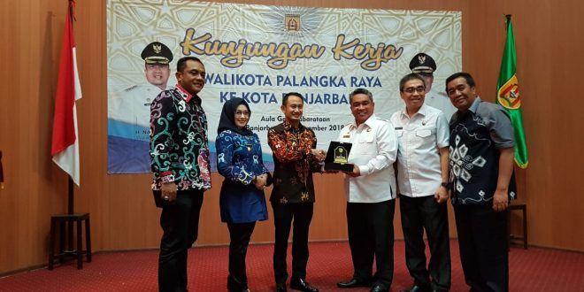 Walikota Palangka Raya Kunjungan Kerja ke Banjarbaru