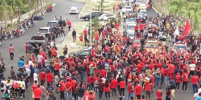 Suporter Kalteng Putra Penuhi Halaman Stadion Sambut Liga 1