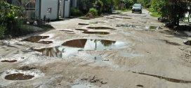 Warga Jalan Krisna G Obos Mengharap Perbaikan Jalan