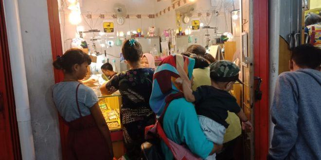 Jelang Akhir Tahun Toko Emas di Palangka Raya Diserbu Warga