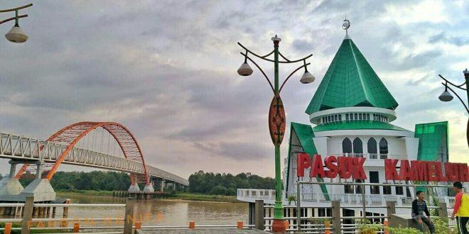 Sarana Penunjang Masjid Kerucut di Taman Pasuk Kameloh Dilengkapi