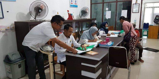 Gaji 32 PTT Dipotong Karena Tidak Masuk Kerja