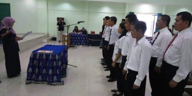 KPU Palangka Raya Lantik 10 Anggota PPK Tambahan