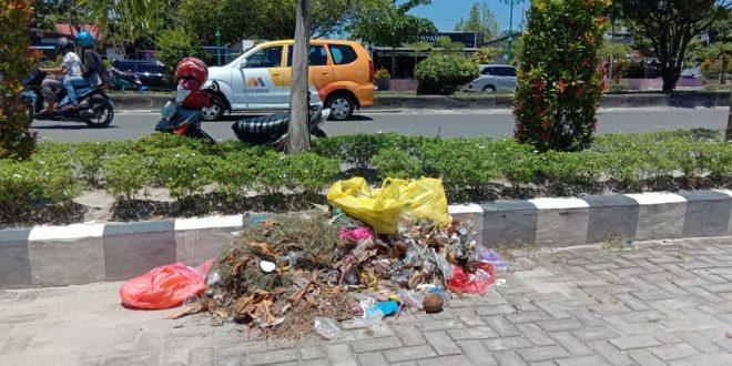 Komitmen Edukasi Masyarakat Kelola Sampah