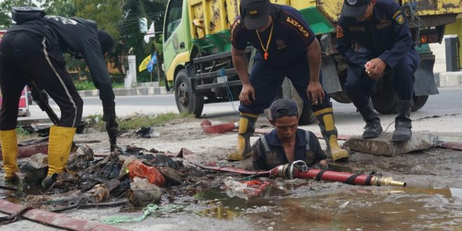Tumpukan Sampah Penyebab Banjir Temanggung Tilung