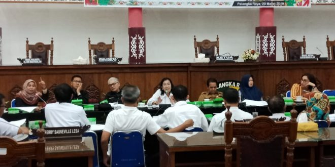 Pembahasan Evaluasi Gubernur Terkait Raperda RTRWK Palangka Raya Berjalan Alot