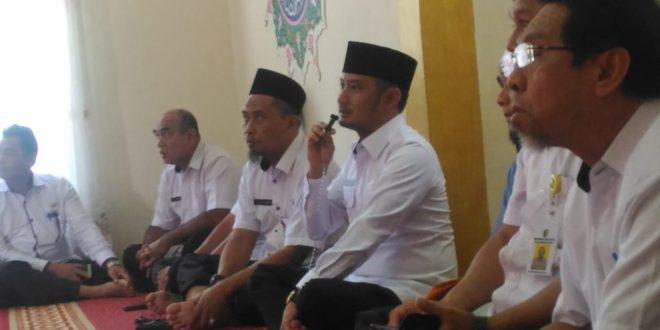 Fairid Menghadiri Kajian Ceramah Agama di Mushalla Baiturrahim