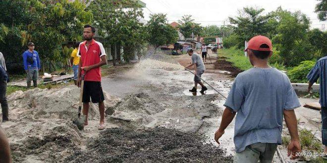 Semenisasi Jalan Kalibata dari Dana Swadaya