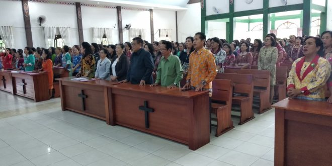 Seminar :  Membangun Karakter Kepemimpinan Perempuan Kristen di Era Millenial