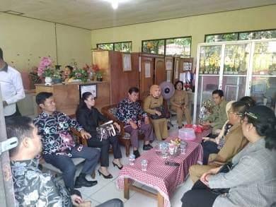 Reses Untuk Mengecek Pelayanan Publik di Kelurahan Palangka