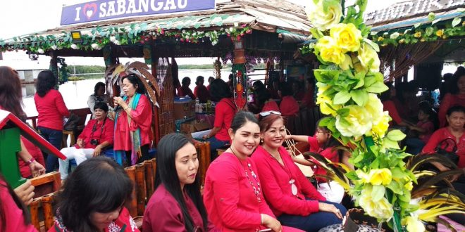 Ibadah dan Susur Sungai Bersama DPC PWKI Kota Palangka Raya