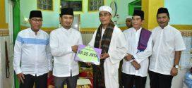 Masjid Syamsul Qonar Terima Bantuan Hibah Pemko Palangka Raya