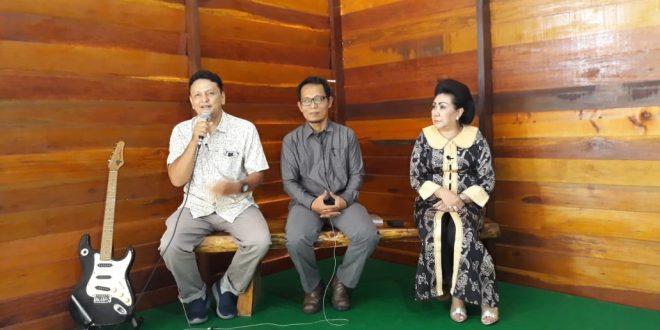 Ngobrol Santai Jurnalis Televisi Indonesia di Kalimantan Tengah