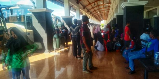 Arus Mudik di Terminal AKAP WAGara