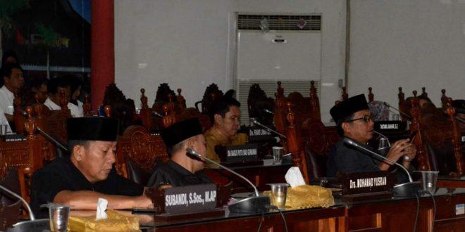 Fraksi DPRD Sampaikan Pandum Terhadap LKPJ APBD 2018