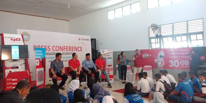 Hadirkan Broadband Ecosystem di SMK Karsa Mulya Palangka Raya