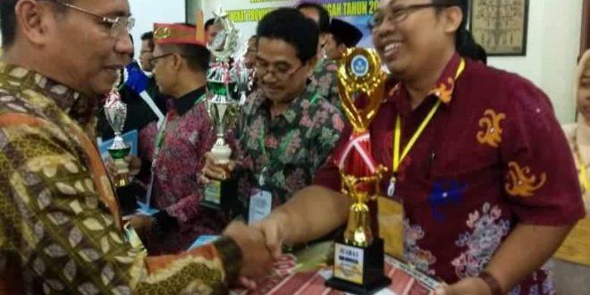 Juara 1 Guru Berprestasi Tingkat Provinsi Diraih SMAN 5 Palangka Raya