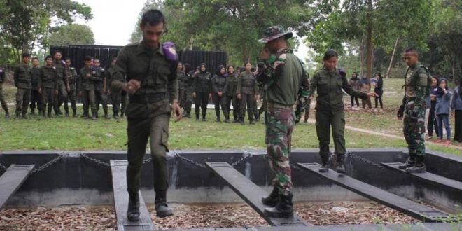 TNI Latih Kemampuan dan Mental Resimen Mahasiswa