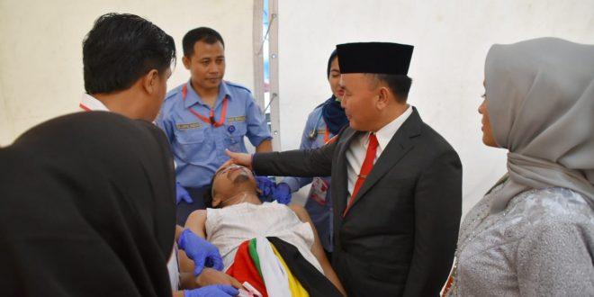 Gubernur Sugianto Sabran Beri Semangat Penari Hyang Dadas