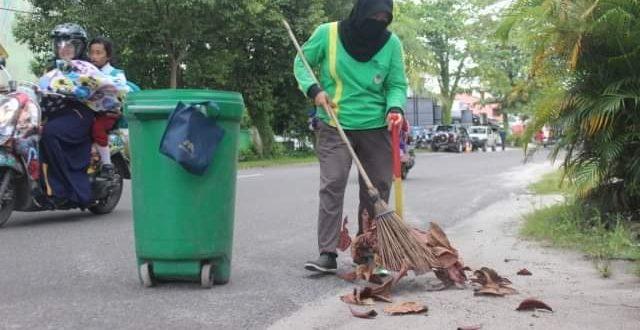 72 Petugas Kebersihan Masih Berstatus Tenaga Kontrak