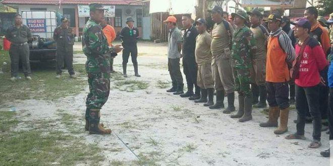 Satgas Karhutla Tuntaskan Pemadaman di Jalan Soekarno