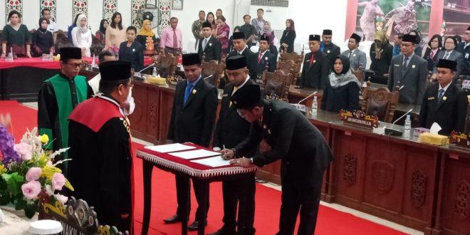 Pimpinan DPRD Dilantik, Segera Tuntaskan Target Kerja