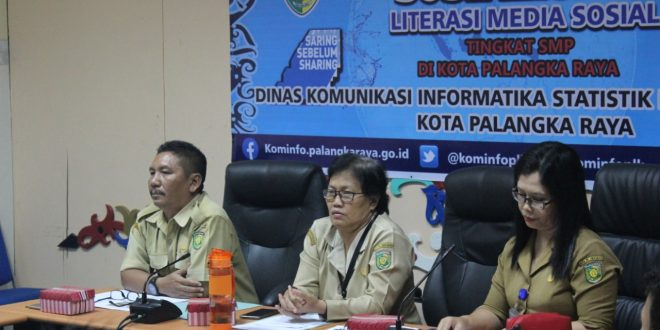 """Literasi Media Sosial """"Saring Sebelum Sharing bagi Siswa- Siswi SMP Kota Palangka Raya"""