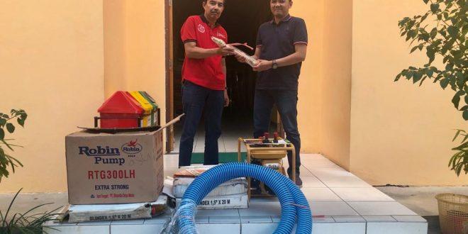 Penyerahan Bantuan CSR 1 Paket Alat Pemadam Kebakaran Dari P.T Sumber Alfaria Trijaya.Tbk (Alfamart)