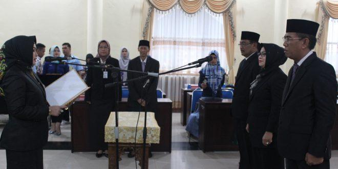 Wakil Walikota Lantik Pejabat Pimpinan Tinggi Pratama Pemko Palangka Raya