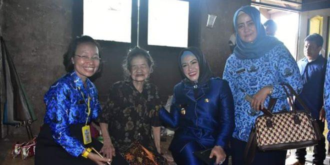 Wakil Walikota Pimpin Giat Sambang ke Warga Lansia