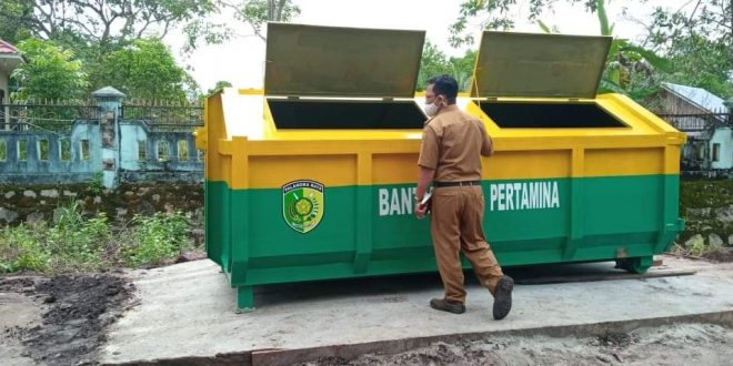Ajak Masyarakat Manfaatkan Bank Sampah